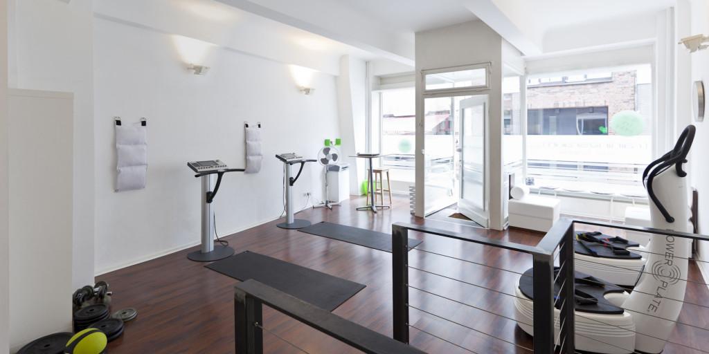 fitness ems studio altstadt hafencity trainingsraum. Black Bedroom Furniture Sets. Home Design Ideas